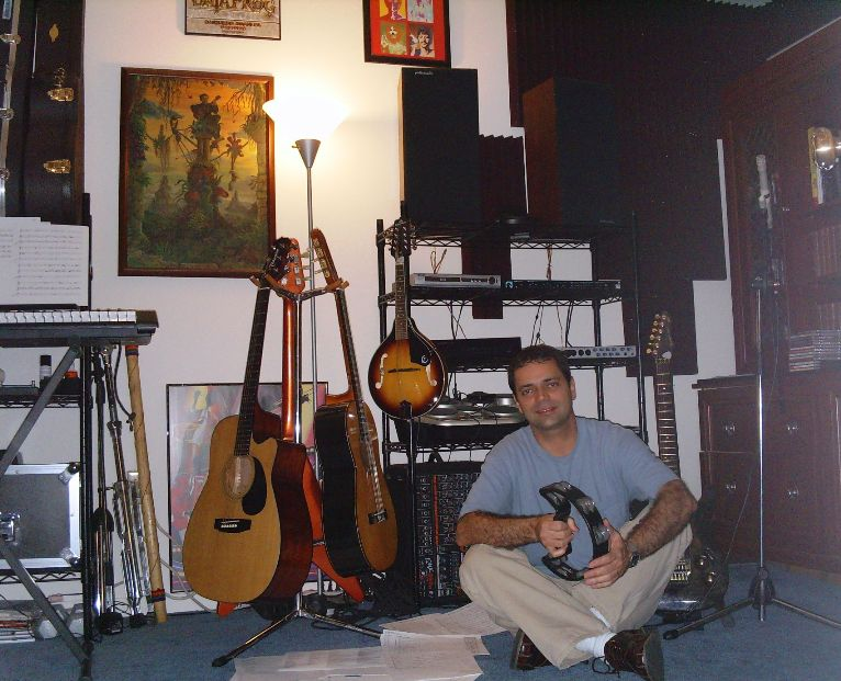 Raimundo at his studio in Miami
